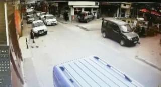 Kuyumcuya dalan araç kameraya yansıdı