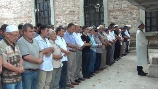 Mursi için gıyabî cenaze namazı kılındı