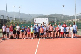 TSYD Bursa'nın tenis şöleni başladı